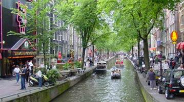 הולנד אמסטרדם שפה דת אוכלוסיה מטבע הבדלי שעות